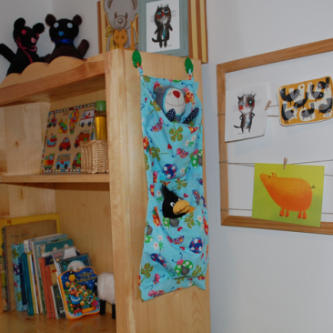 Tároló textilből a gyerekszobába