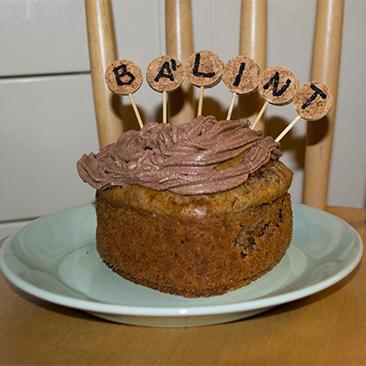 Névnapi tortadísz
