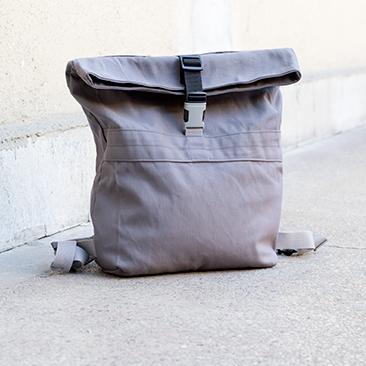 Szürke hátizsák: pasinak a mindennapokra