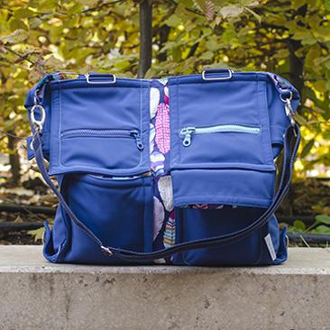 Tollas lett a hátam, avagy új Liliputi mama táskánk van