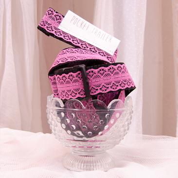 Csipkés luxus kollekcióval várja az ünnepeket a Pocket Trailer!