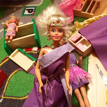 DIY Barbie ruhák percek alatt