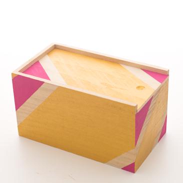 Fess egyedi ékszertartó dobozt
